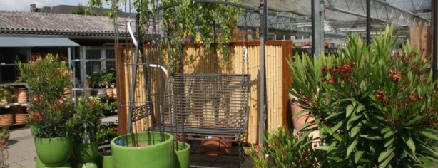 Bambuszaun mit Cortenstahl